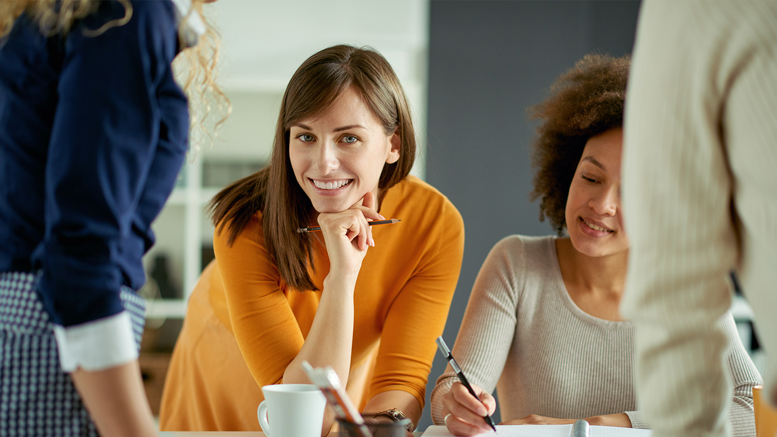 Resolving the classic battle between Sales & Marketing